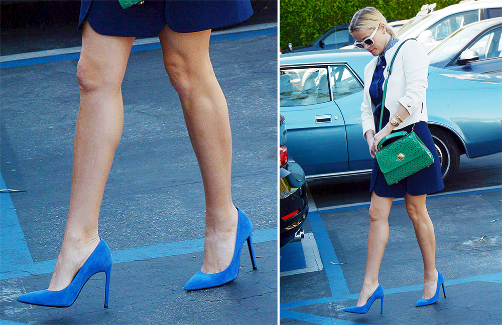 Reese-Witherspoon-Saint-Laurent-Suede-Paris-Pumps-Blue