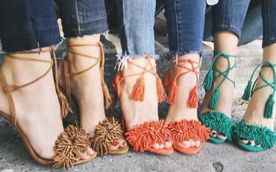 Come abbinare i sandali alla schiava