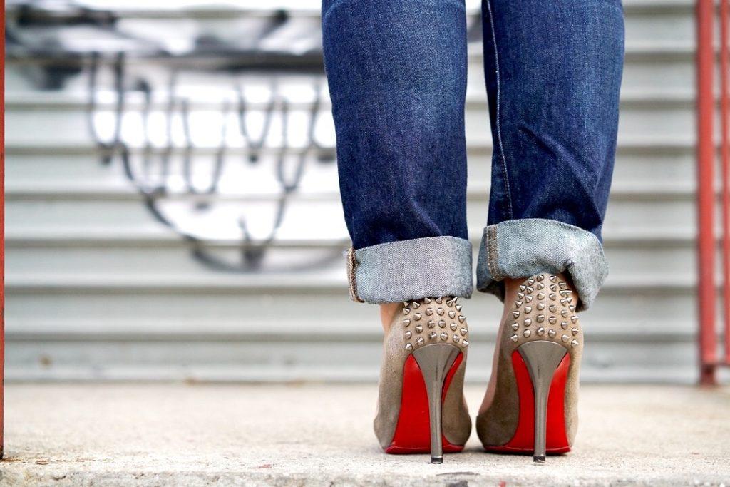 scarpe giuste da abbinare ai jeans