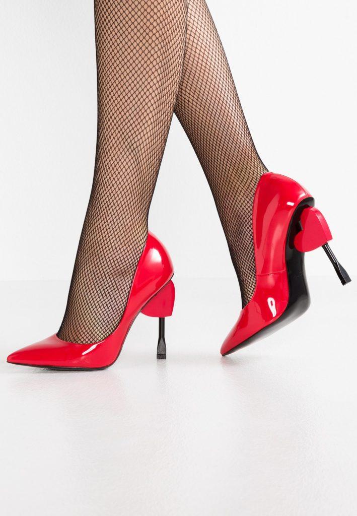 scarpe con cuore
