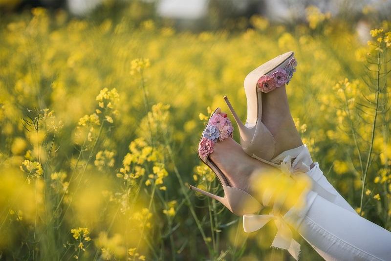 sandali fiori tacco alto