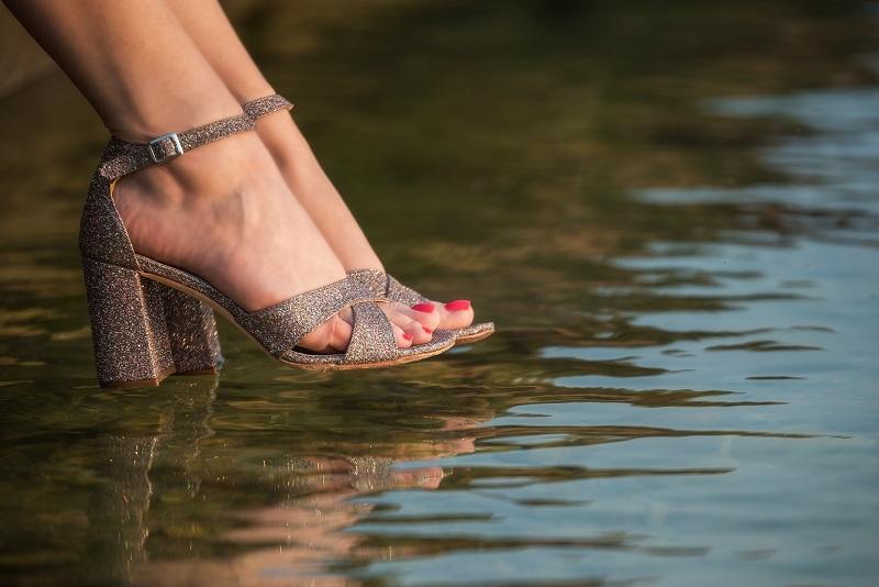 sandali argento tacco largo