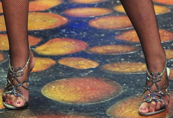 piedi valeria marini sandali gioiello caovilla indossati