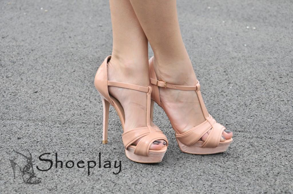 sandali zara rosa chiaro tacco altissimo