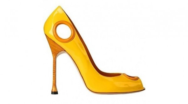 manolo fall 2012 peep toe manolo blahink