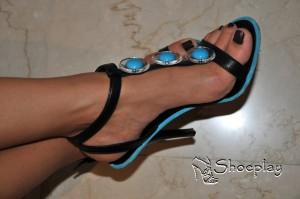 tacchi alti sandali piedi
