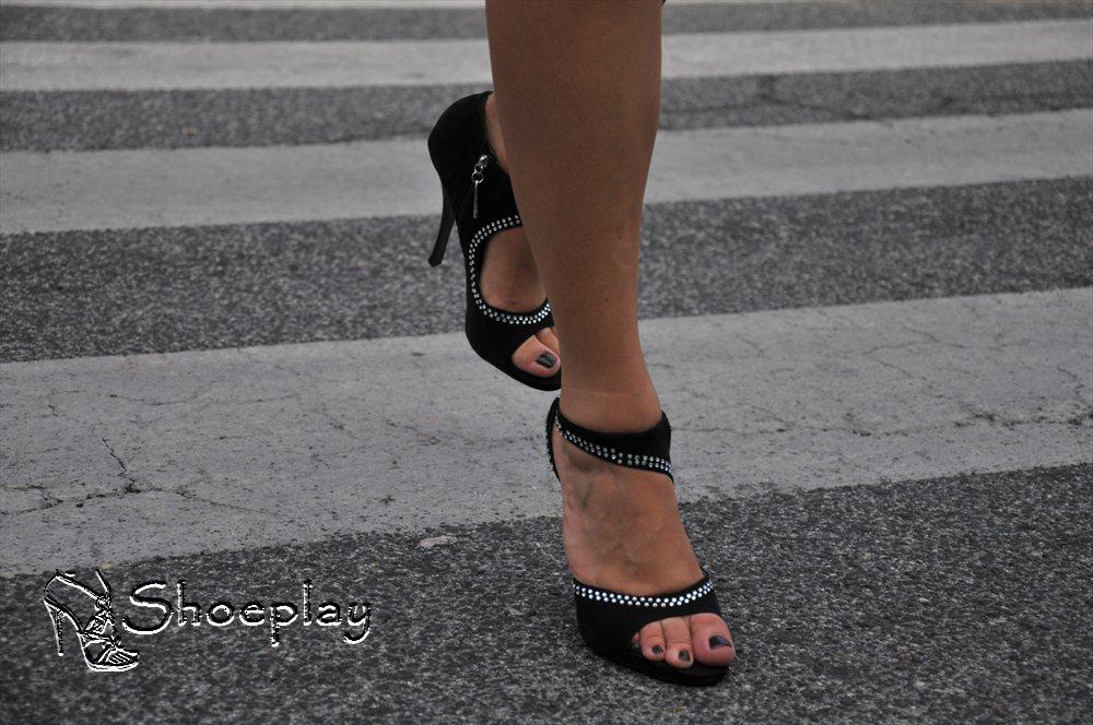 sandali baldinini indossati