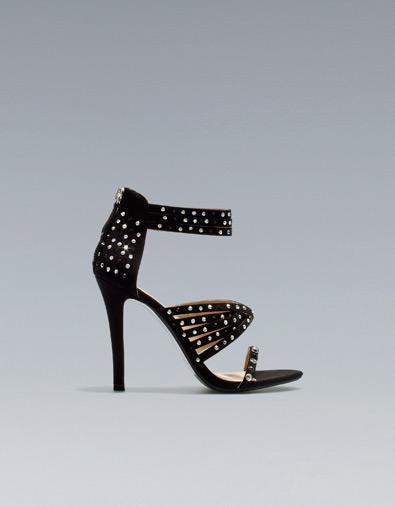 sandali zara con borchie e cristalli 2012