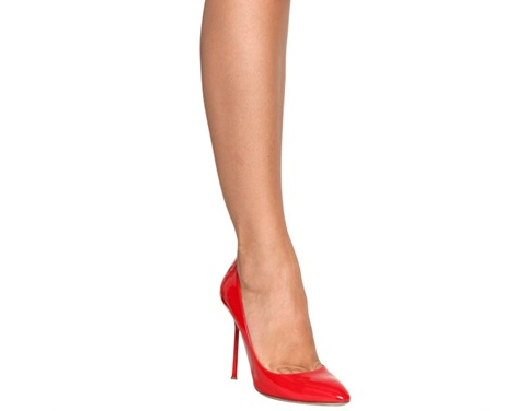 scarpe rosse vernice lucida tacco a spillo indossate 2013 sergio rossi chichi