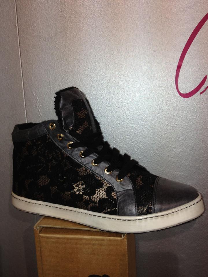sneakers pizzp