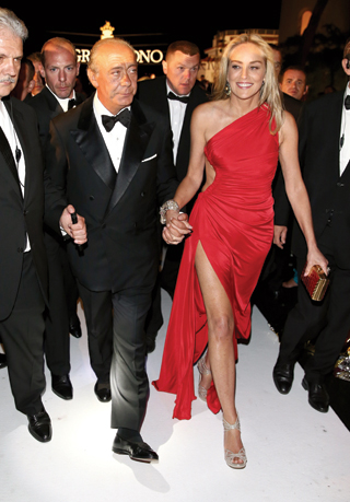 22-sharon-stone cannes shoes