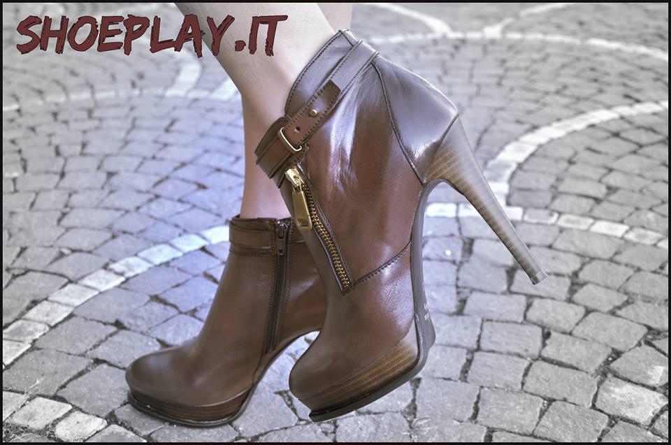 ankle boots marroni pittarello rosso 3