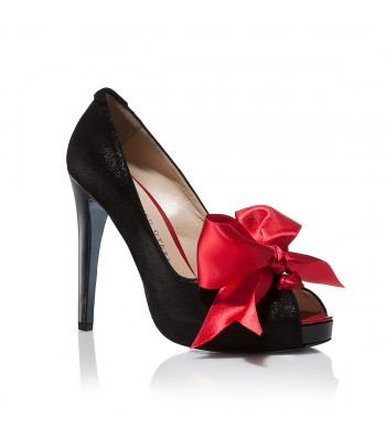 oteri black and red pumps