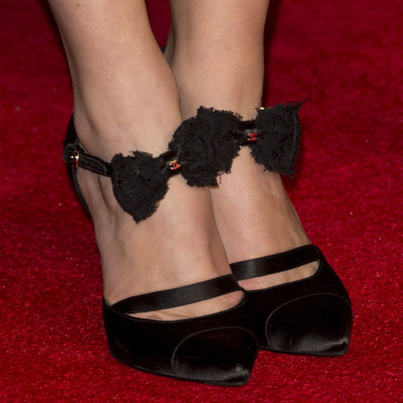 keira-knightley-at-jack-ryan-premiere-chanel-bow-shoes-celebrity-high-heels