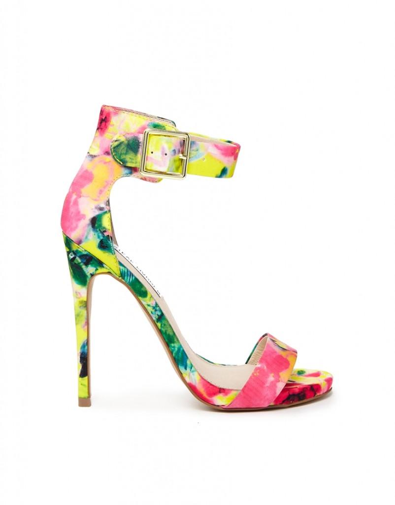 Sandali floreali