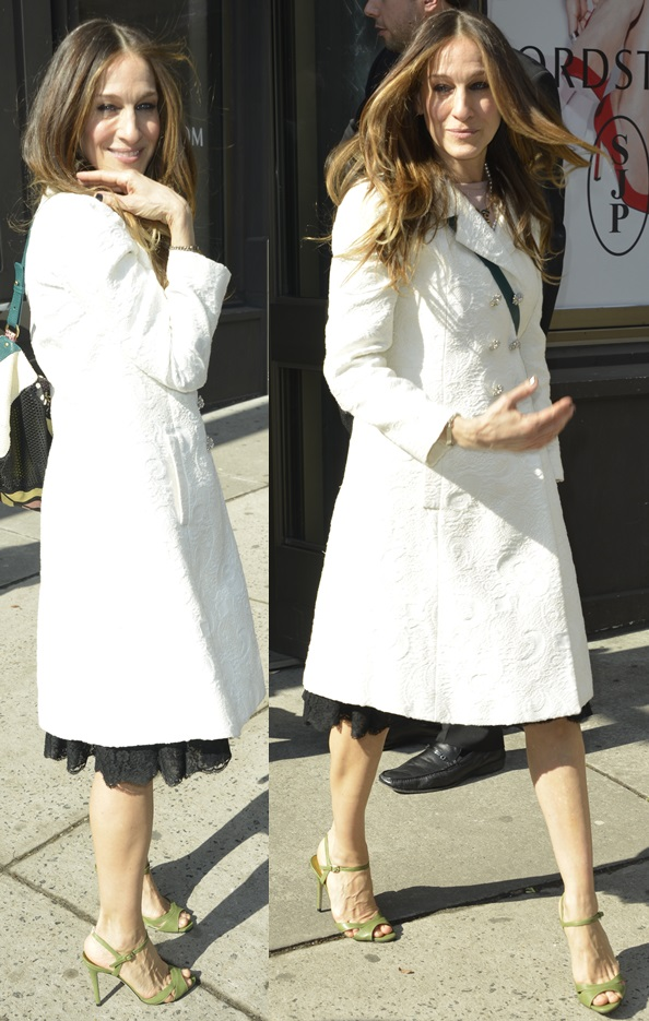 Sarah Jessica Parker promotes new SJP Collection