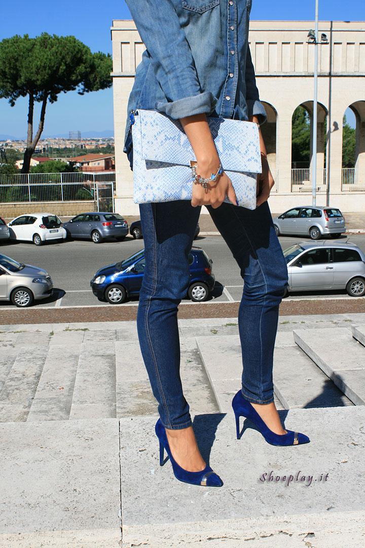 hot sale online 0f8d6 26e2c Scarpe blu Cinti: foto e outfit jeans || Come indossare la ...