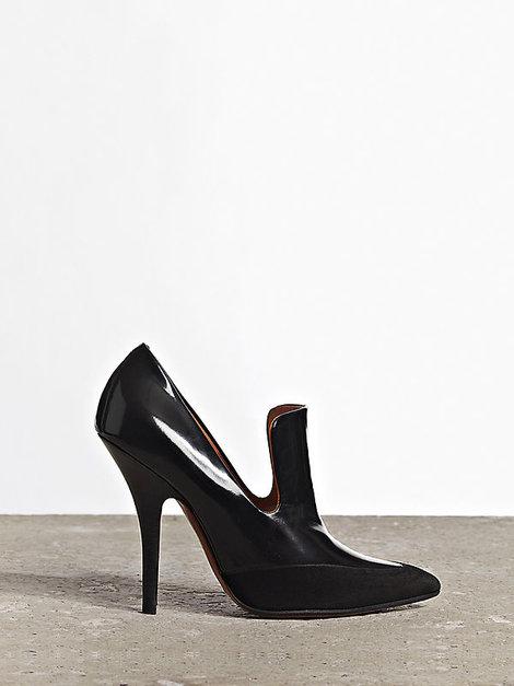 celine-high-vamp-pumps-in-black-brushed-calfskin-and-suede-goatskin-gallery