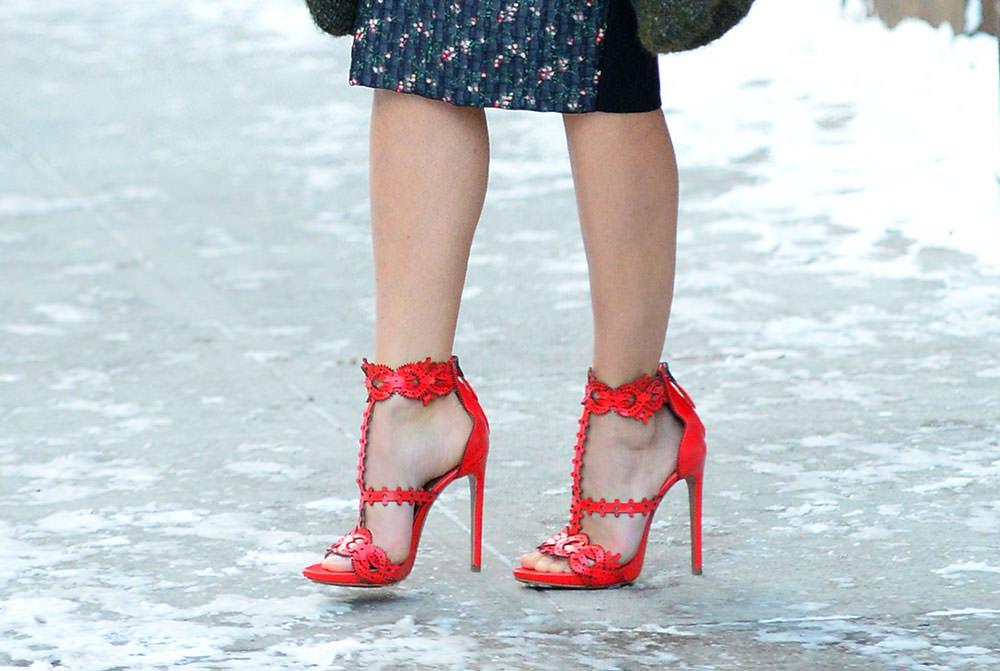 keri russell alaia sandals