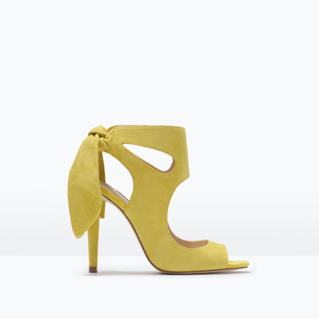 Sandali gialli con fiocco Zara