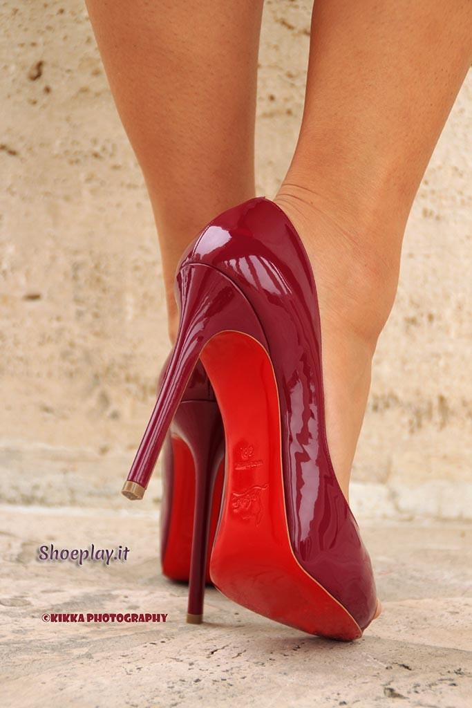 shoeblog louboutin