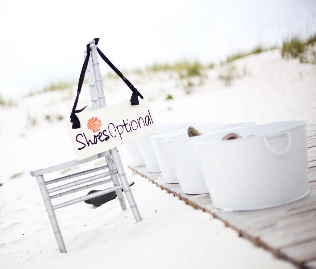 Quali scarpe indossare per un matrimonio in spiaggia