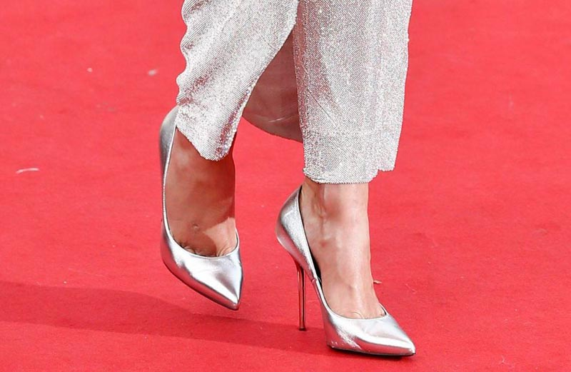 karlie kloss cannes shoes
