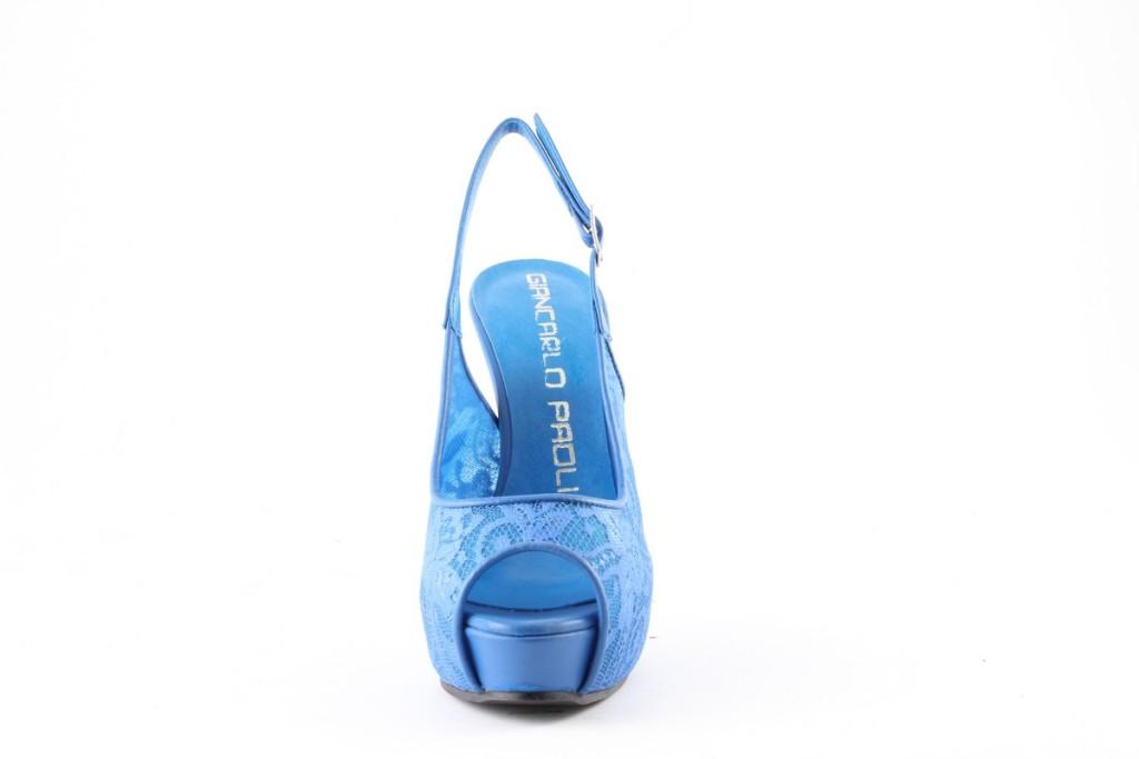 scarpe che slanciano la caviglia