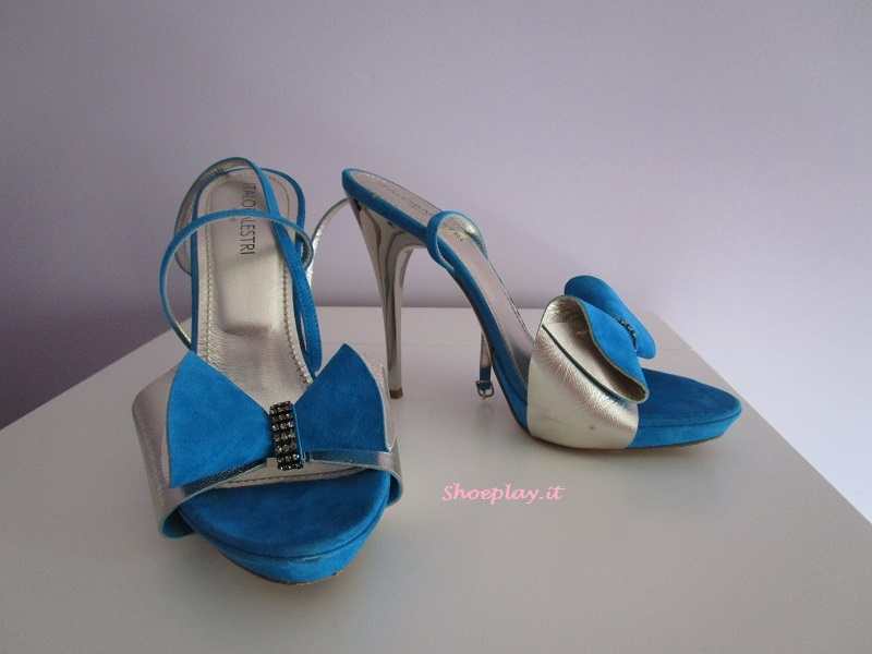tacchi alti azzurri