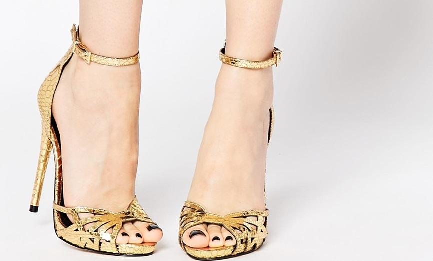 sandali dorati