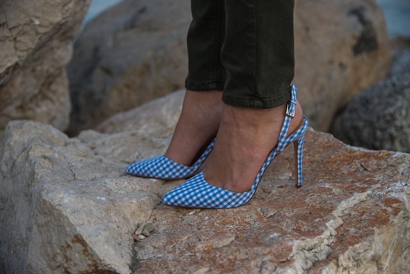 scarpe a quadretti