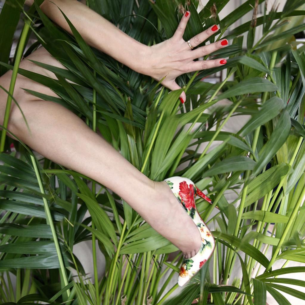 décolleté floreali louboutin