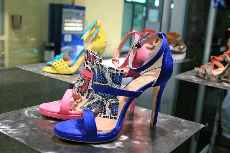 sandali blu tacco alto