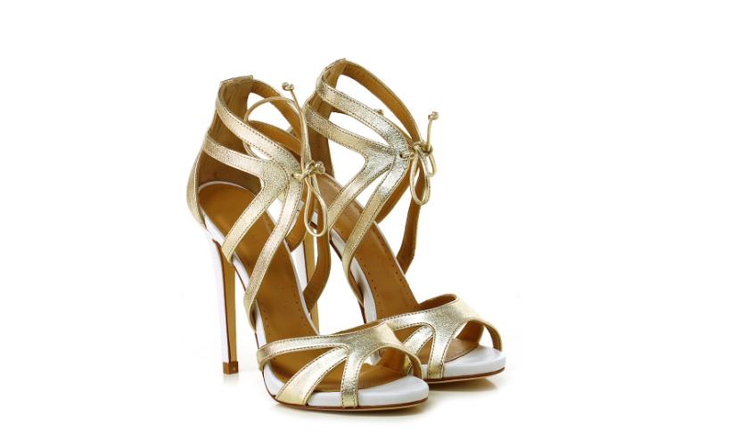 selezione premium aa218 50878 Sandali oro: dove comprare e come abbinare le scarpe ...
