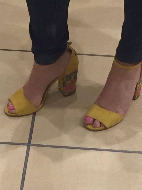 sandali gialli low cost