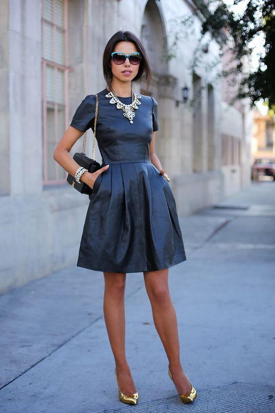 outfit scarpe oro