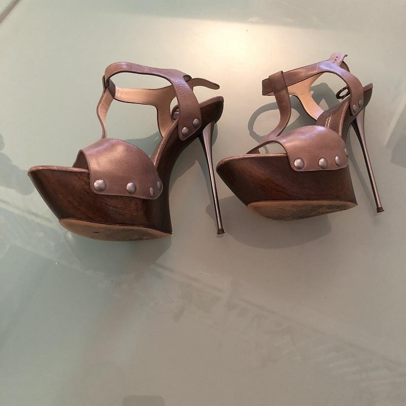 sandali tacco metal
