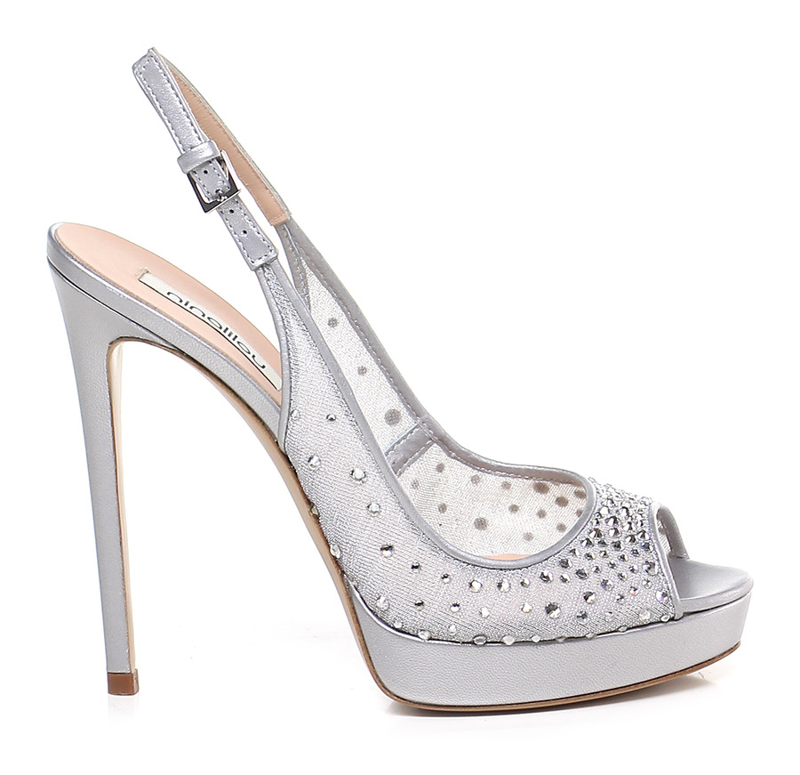 huge selection of 815e6 6da1c Sandali gioiello simil Louboutin, le scarpe di Cenerentola ...