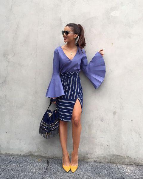 scarpe gialle vestito blu