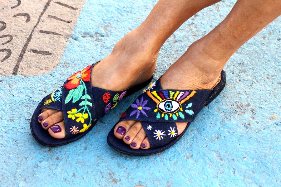 elina linardaki scarpe
