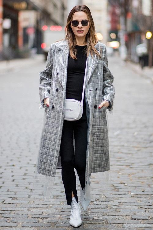 outfit stivaletti bianchi