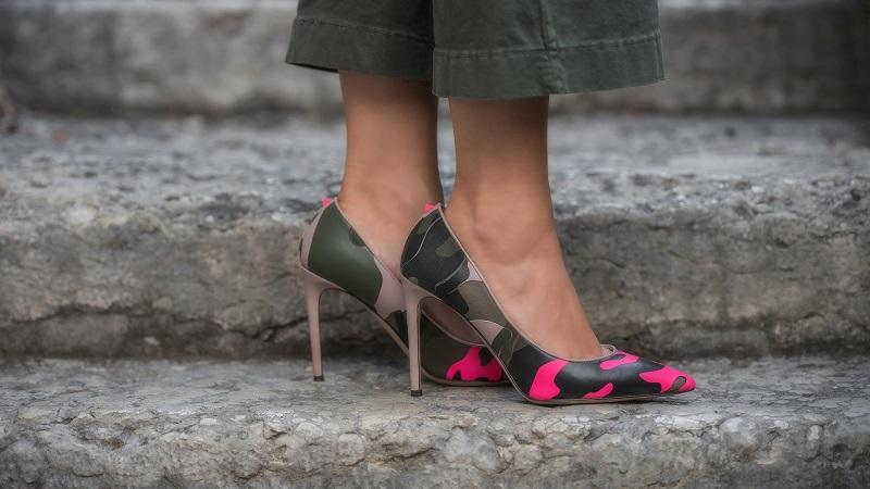 scarpe valentino camouflage