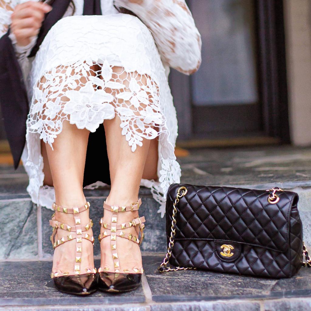 abbinare scarpe borchiate