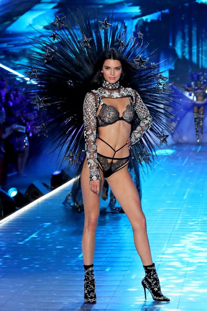 kendall jenner victorias 2018