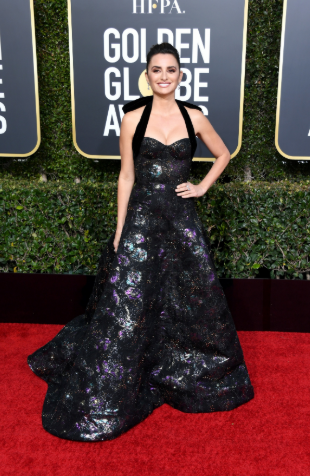 penelope cruz golden globe 2019