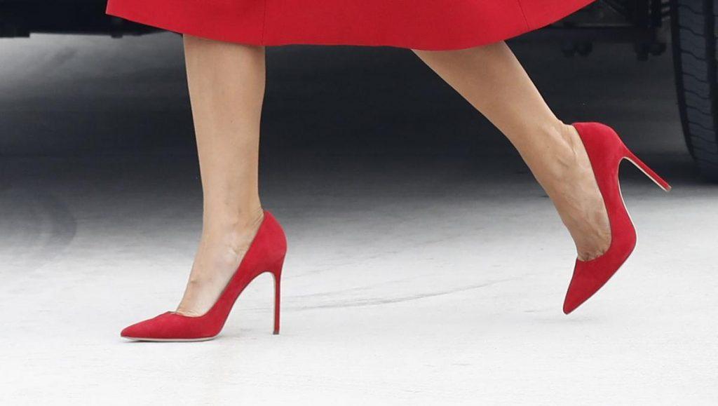 scarpe rosse melania trump