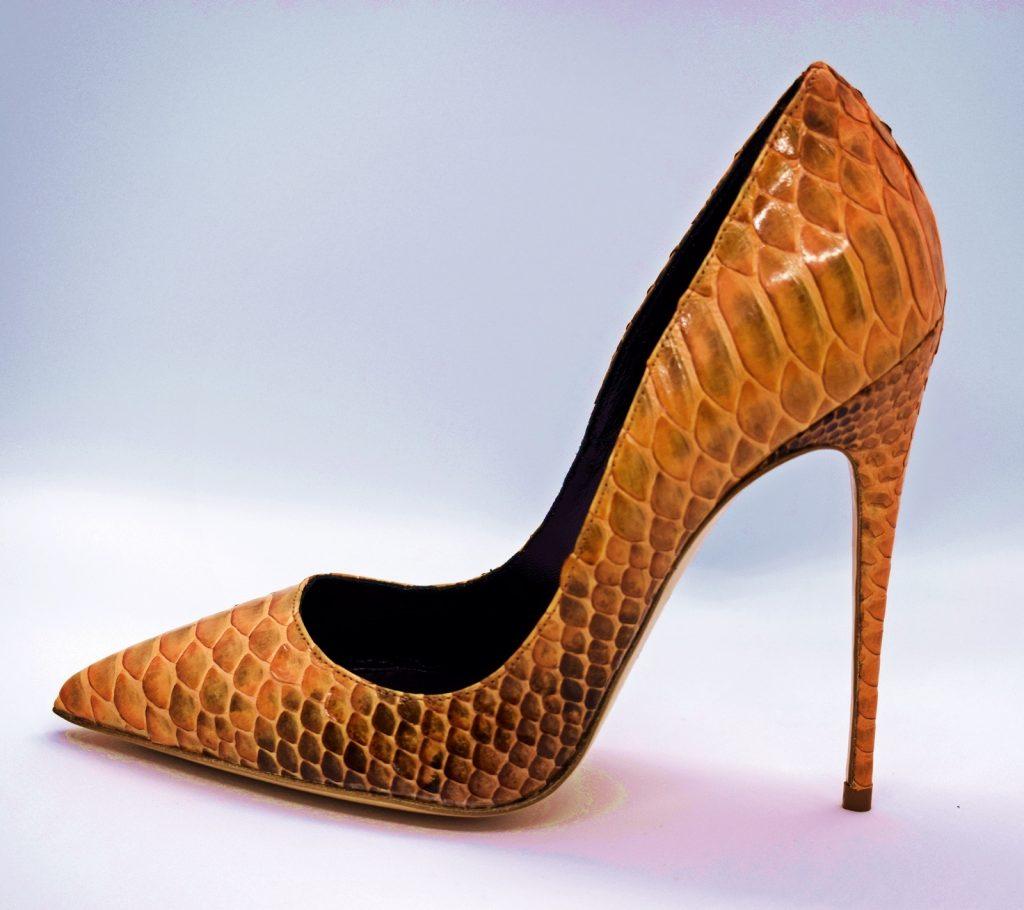 scarpe aethra