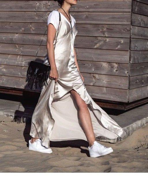 outfit eleganti sneakers
