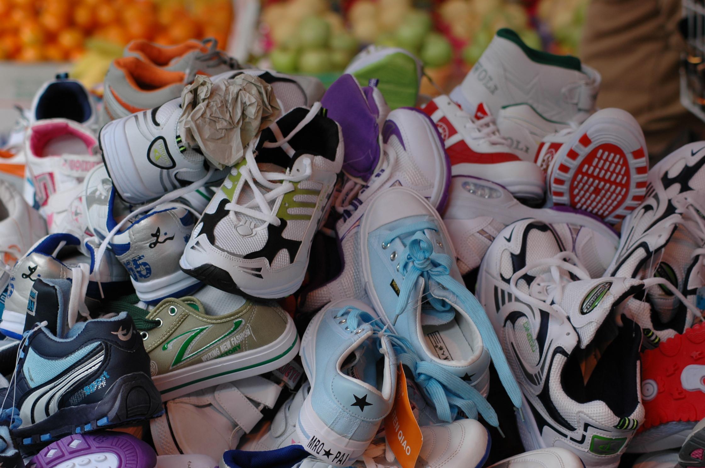 Come pulire le sneakers bianche di pelle e di tela (Stan Smith 5a73c85a6f2c